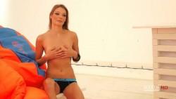 http://thumbnails71.imagebam.com/19409/ebe6c2194083819.jpg