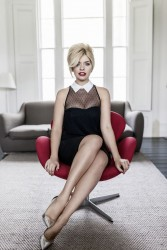 Holly Willoughby Very.co.uk Photoshoot x6